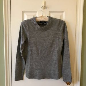 Banana Republic fine merino wool sweater grey EUC